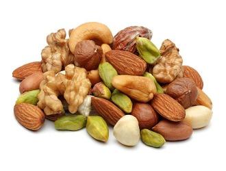 При низком уровне тестостерона нужно кушать орехи