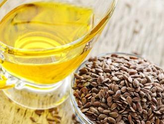В лечении простаты можно использовать льняное масло