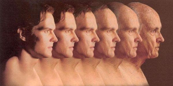 В большинстве случаев болезнь касается мужчин после 40 лет