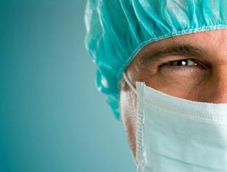 Фимоз могут лечить хирургическими методами
